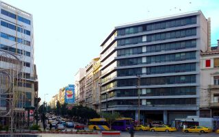 social-security-funds-properties-in-athens-turning-into-hotels