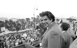 tributes-paid-in-russia-on-theodorakis-death