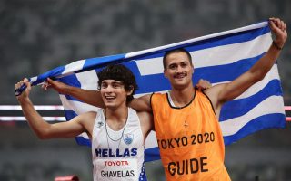 greek-athlete-wins-gold-sets-new-world-record-in-100-meters
