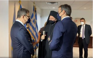 pm-meets-archbishop-in-new-york