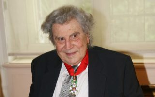 france-was-theodorakis-second-home-says-french-institute