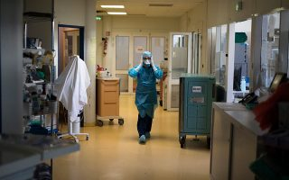 coronavirus-42-deaths-359-intubated