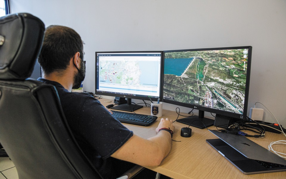 inside-the-depths-of-the-hellenic-police-s-digital-forensics-lab1