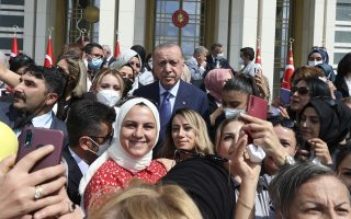 turkey-says-it-lacks-capacity-to-handle-new-refugee-influx