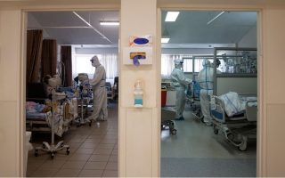 number-of-intubated-covid-patients-eases-to-323