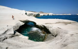milos-deemed-world-s-best-island-by-influential-travel-magazine