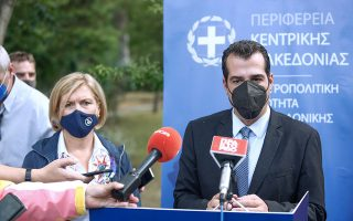 health-minister-rules-out-extra-covid-measures-during-thessaloniki-visit