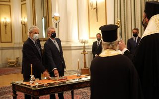 christos-stylianides-sworn-in-a-new-minister-for-climate-change-civil-defense