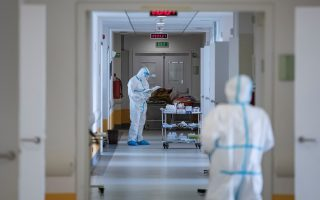 health-authorities-announce-2-338-new-coronavirus-cases-31-deaths