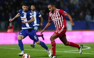 olympiakos-back-on-top-as-paok-stumbles-at-home