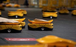 robots-give-greece-s-postal-service-speed-boost